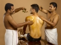 sarvangadhara_with_oil_ayurveda_therapy_kerala